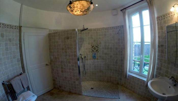 17_salle_de_bain_1er_etage_2